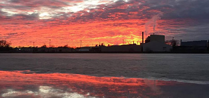 Beautiful sunset picture taken by Shane Cole of the Mississippi River